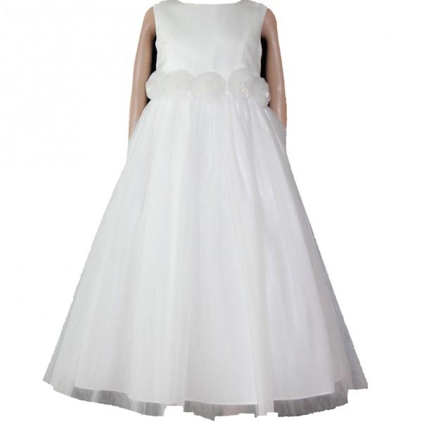 Schickes Tauf- Kleidchen mit vielen Perlen verziert. Aus hellem,zartem  Champagnerfarben Satin und Tüll gefertigt.  Der Rockteil ist  mit viel Volumen verarbeitet.