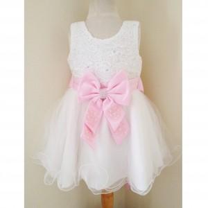 Taufkleider für Baby Mädchen